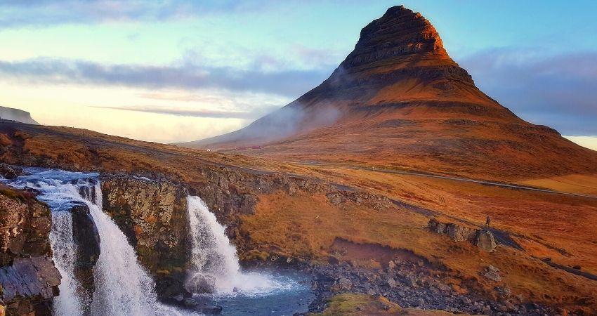 viaje a islandia en autocaravana ki travels